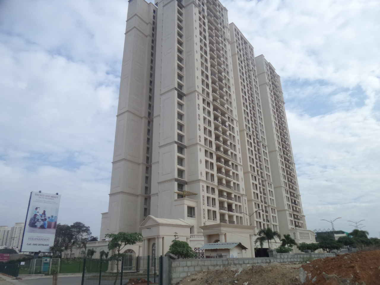 Hiranandani Penrith - Project Photos